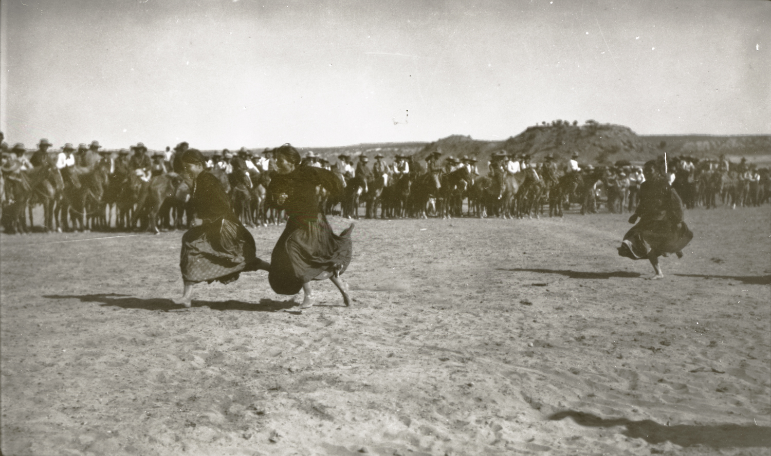 Navajo Girls in Footrace, Navajo Reservation, Arizona, July 4, 1913. Photograph by Joseph Dixon. Courtesy of the Mathers Museum of World Cultures, Wanamaker Collection, Indiana University, Bloomington, I.N., W-5386.